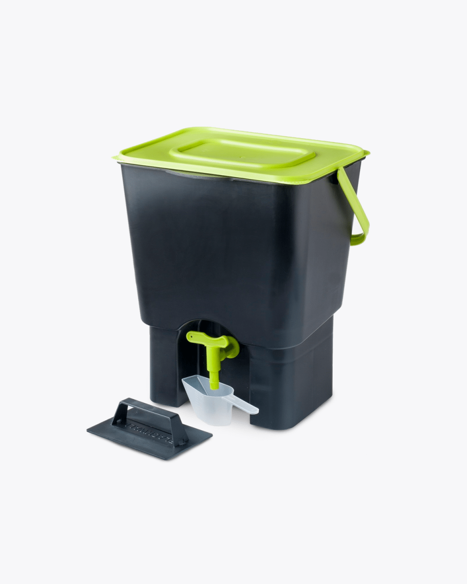 food waste kitchen indoor compost bin u2013 black u0026 green u2013 12 litre